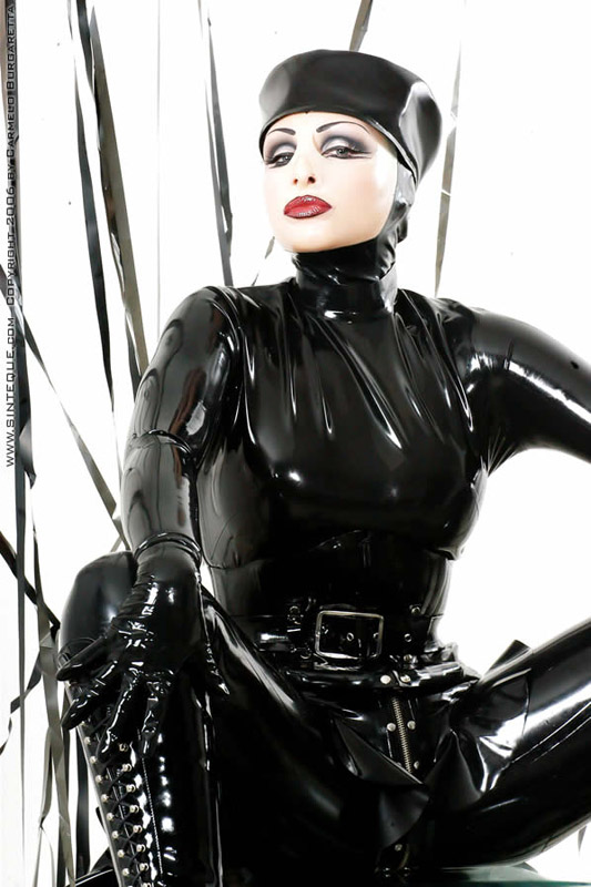 Frauen in latex bilder